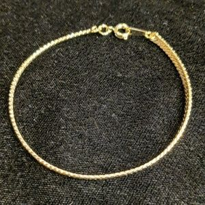 Jewelry - Herringbone bracelet
